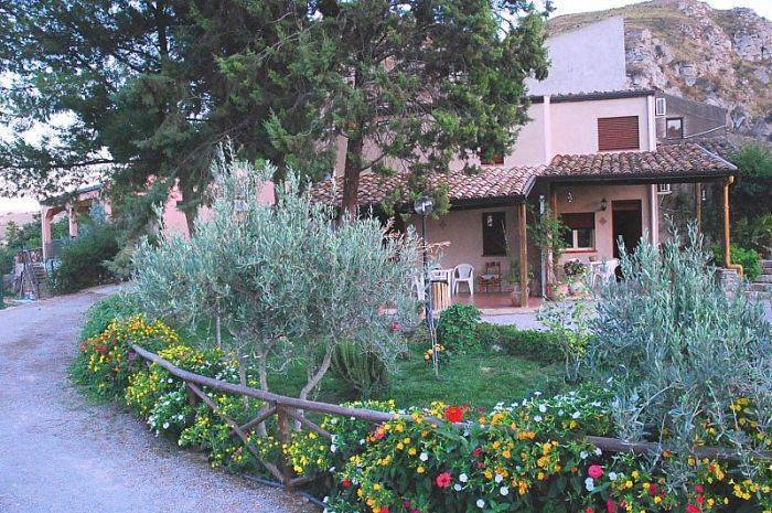 Case Vacanze Caccamo, Caccamo, Italy, most reviewed hotels for vacations in Caccamo
