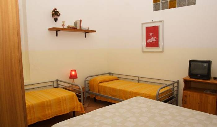 Apartment S. Maria a Mondello - Get cheap hostel rates and check availability in Palermo 9 photos