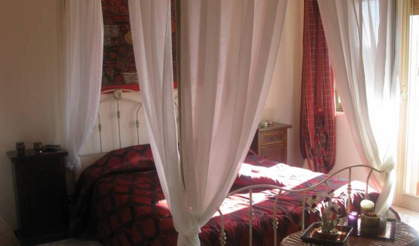 BB A Casa di Marco - Search for free rooms and guaranteed low rates in Catania, IT 15 photos