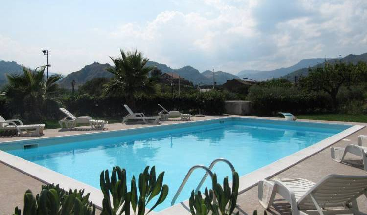 BBghiritina - Search available rooms for hotel and hostel reservations in Francavilla di Sicilia 2 photos