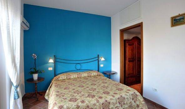 BB Ville Vieille - Search for free rooms and guaranteed low rates in Sorrento 12 photos