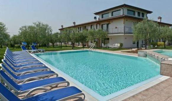 Capa Lion From Cacciatore - Get low hotel rates and check availability in Cavaion Veronese 8 photos