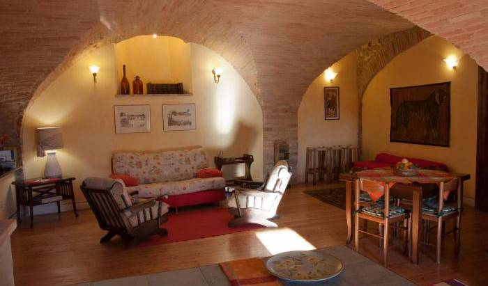 Casa Foresti, save on hotels with Instant World Booking in Assisi, Italy 15 photos