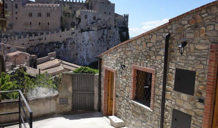Casa Vcanze Caccamo - Search available rooms for hotel and hostel reservations in Caccamo 11 photos