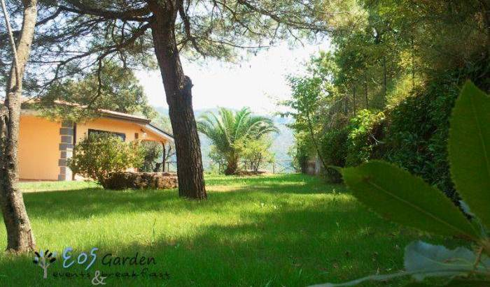 Eos Garden Events and Breakfast - Search for free rooms and guaranteed low rates in Cava de' Tirreni, secure online booking in Maiori, Italy 15 photos