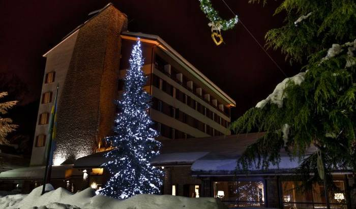 Grand Hotel Royal and Golf - Search for free rooms and guaranteed low rates in Courmayeur, hotel bookings 9 photos