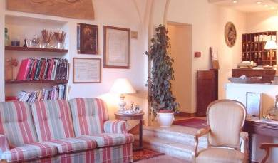 Hotel Santa Caterina - Get cheap hostel rates and check availability in Siena, best hostels and bed & breakfasts in town 2 photos