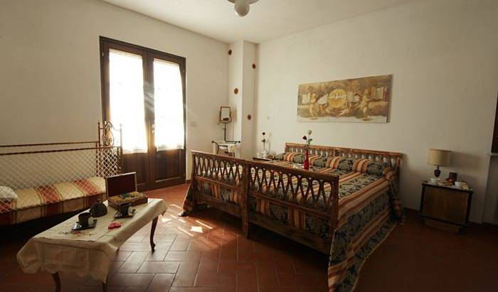 La Pensionada - Search available rooms for hotel and hostel reservations in Pergine Valdarno 8 photos