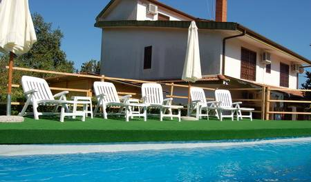 La Vecchia Quercia - Search for free rooms and guaranteed low rates in Pedara 6 photos