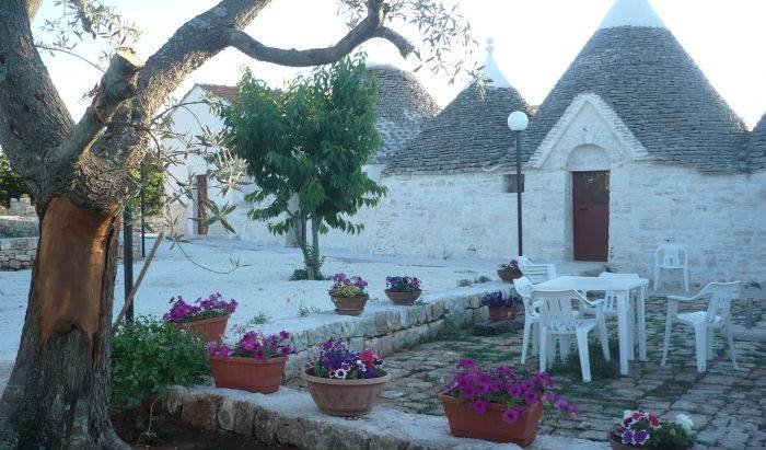 L'isola Felice, best city hotels and hostels in Alberobello, Italy 1 photo