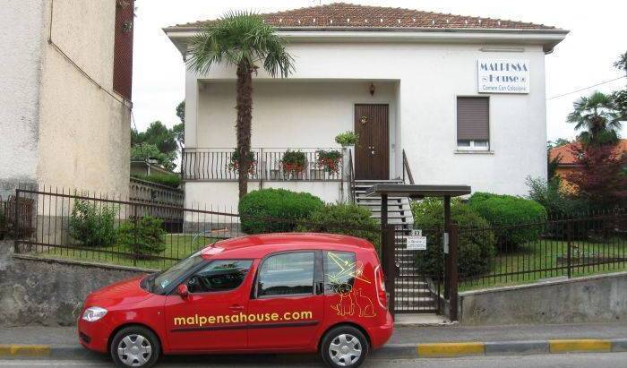 Malpensahouse - Search for free rooms and guaranteed low rates in Malpensa Airport Milan, cheap hotels 11 photos