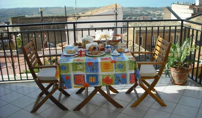Night and Day - Get cheap hostel rates and check availability in Agrigento 10 photos