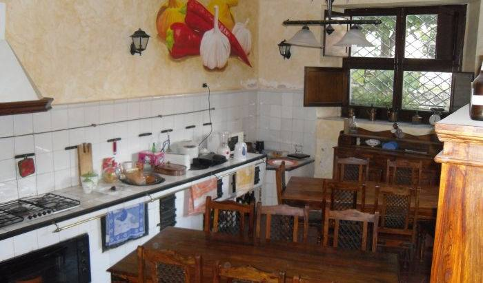 Re Alarico Hostel - Search for free rooms and guaranteed low rates in Cosenza 2 photos