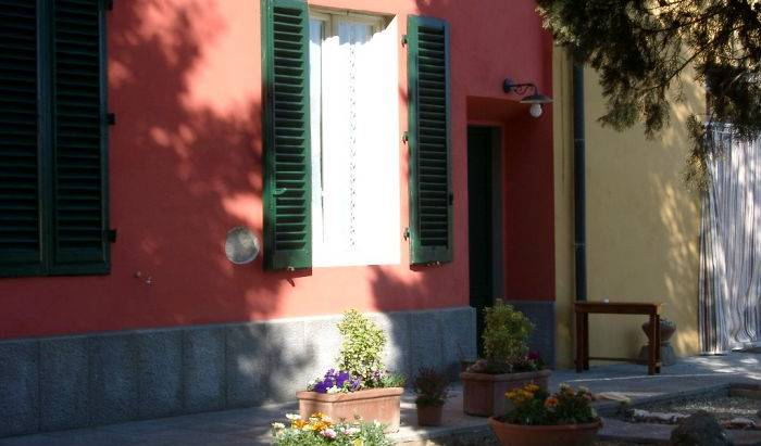Relais Il Colle Verde - Search available rooms for hotel and hostel reservations in Signa, cheap hotels 5 photos