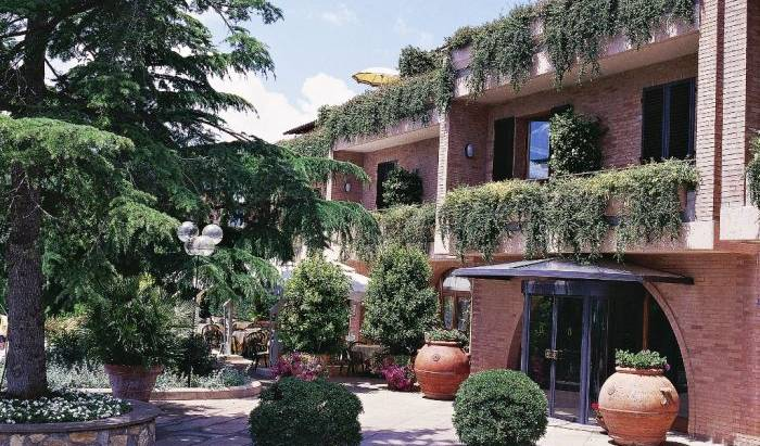 Relais Santa Chiara Hotel - Search available rooms and beds for hostel and hotel reservations in San Gimignano 10 photos
