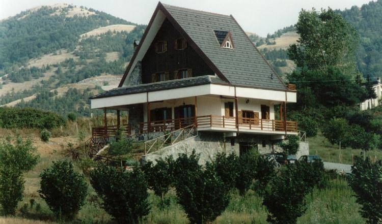 Chalet Rocco Bed and Breakfast - Search for free rooms and guaranteed low rates in Morano Calabro 5 photos