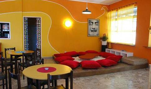 Sunflower Beach Backpacker Hostel - Search for free rooms and guaranteed low rates in Rimini 7 photos