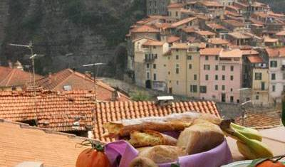Talking Stones - Search available rooms for hotel and hostel reservations in Dolceacqua 7 photos