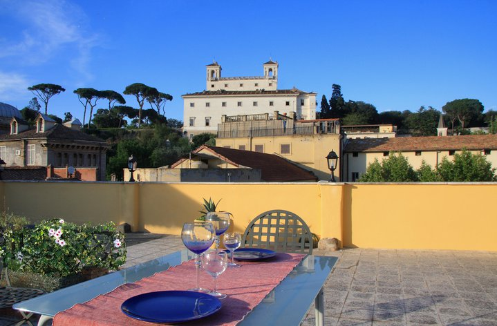 Domus Valeria LGBT Bed and Breakfast, Rome, Italy, great deals in Rome