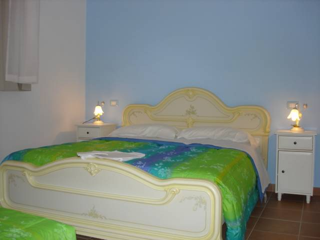 Double Bed BB, Rome, Italy, Italy hotels and hostels