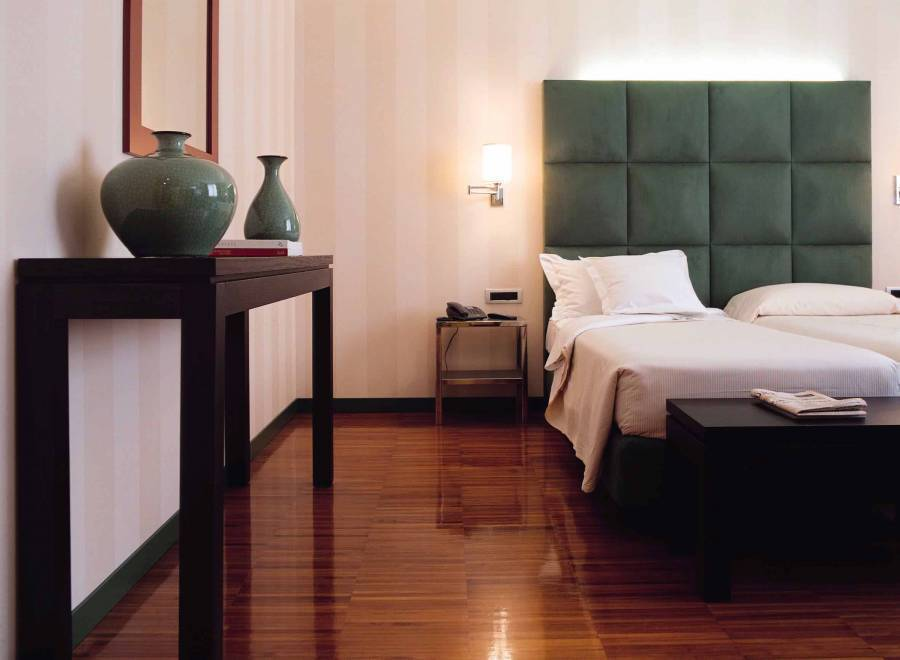 Enterprise Hotel, Milan, Italy, Italy hotels and hostels