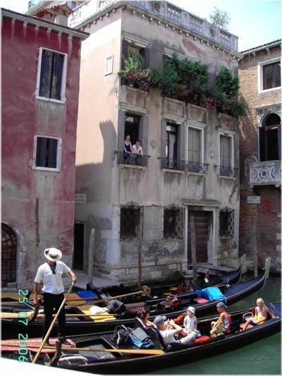 Happy Venice, Venice, Italy, Italy hotels and hostels