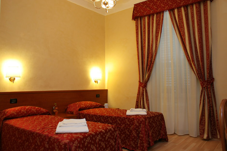 Holiday Paradise Roma B and B, Rome, Italy, how to find the best hotels with online booking in Rome