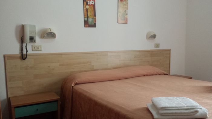 Hotel Avana Mare, Rimini, Italy, what is a bed and breakfast? Ask us and book now in Rimini