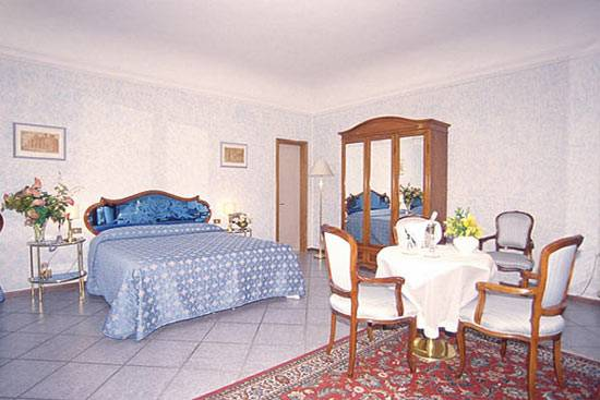 Hotel Goldoni, Florence, Italy, Italy hotels and hostels