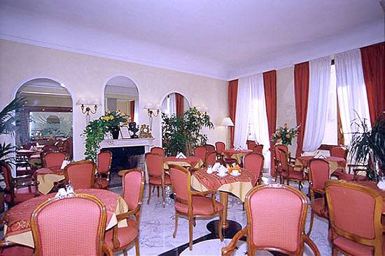 Hotel Goldoni, Florence, Italy, reservations for winter vacations in Florence