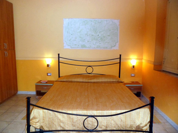 Hotel Gorizia, Catania, Italy, how to book a hotel without booking fees in Catania