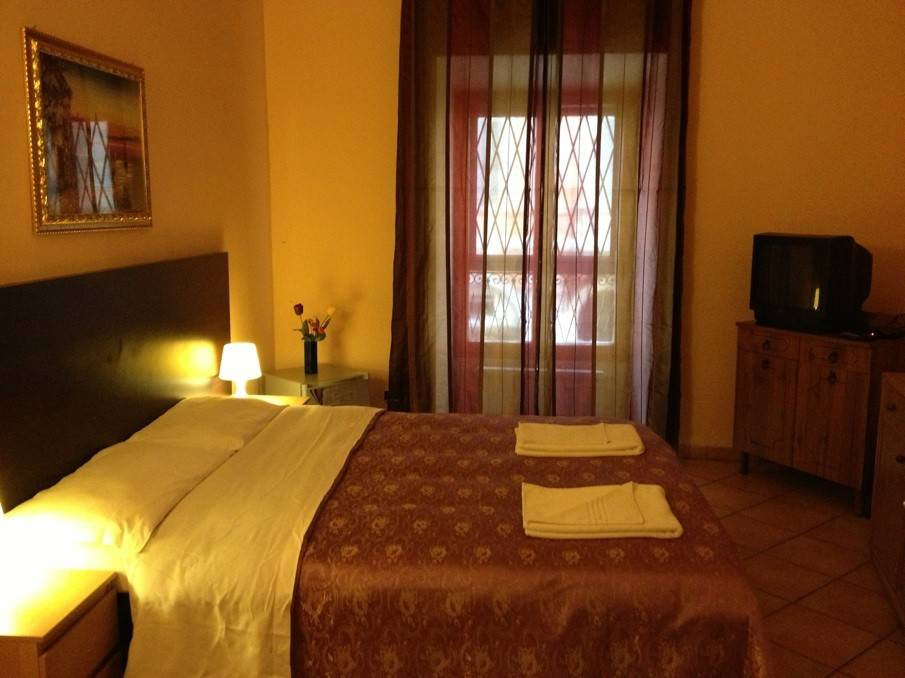 Icarus Inn, Rome, Italy, Italy hotels and hostels
