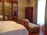 Il Bufalo Apartment, Perugia, Italy, discount lodging in Perugia