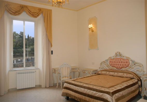 Imperial Rooms, Rome, Italy, tips for traveling abroad and staying in foreign hostels in Rome