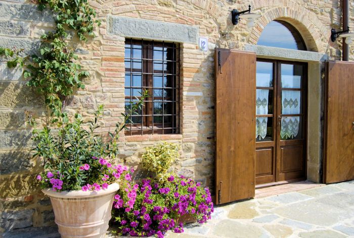 La Mucchia Vacation Farmhouse in Tuscany, Cortona, Italy, top quality holidays in Cortona