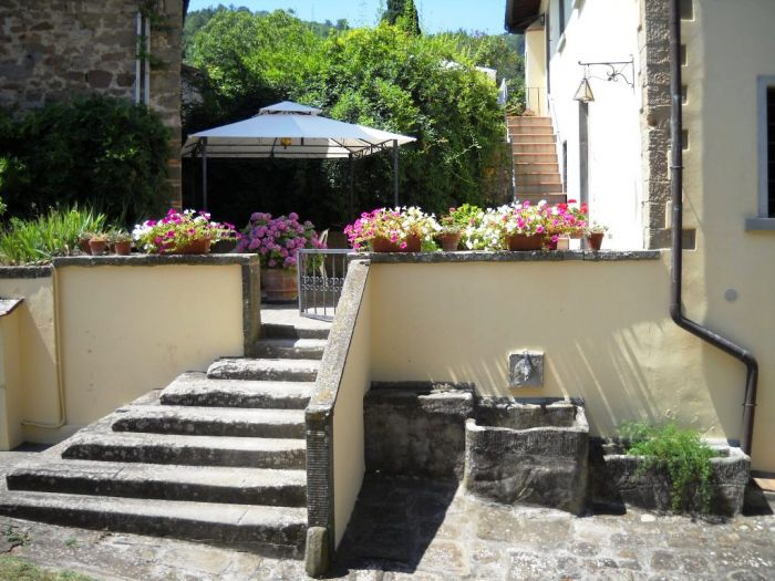 La Pietra Grezza Holidays Home, Rignano sull'Arno, Italy, hotels with ocean view rooms in Rignano sull'Arno