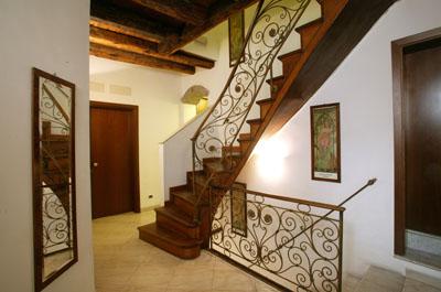 Locanda Art Deco, Venice, Italy, compare reviews for hotels in Venice
