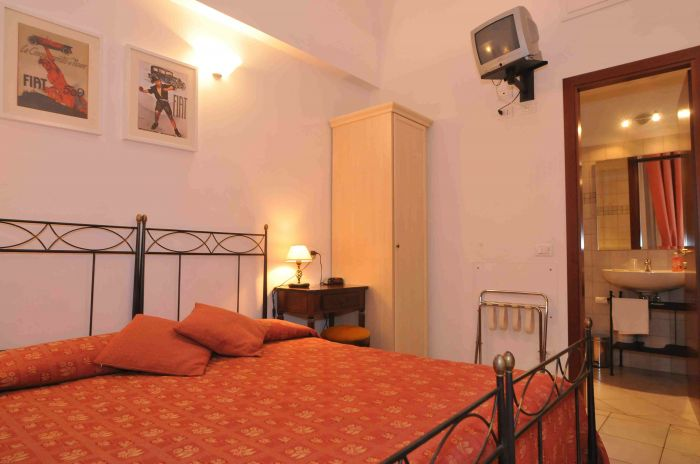 Obelus Bed and Breakfast, Rome, Italy, find activities and things to do near your hotel in Rome