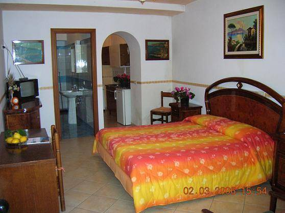 Regina Giovanna Apartments, Sorrento, Italy, discount holidays in Sorrento