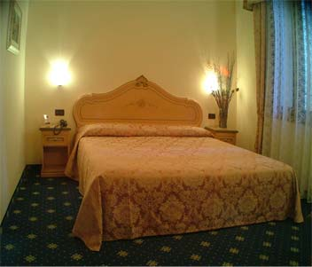 Residenza Ca' San Marco, Venice, Italy, experience living like a local, when staying at a hotel in Venice