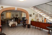 The Oaks Bed and Breakfast, Spigno Saturnia, Italy, book hotels in Spigno Saturnia