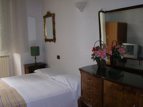 Tourist House Santa Croce, Florence, Italy, Italy hotels and hostels