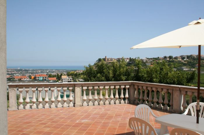 Villa Adriatica, Pescara, Italy, Italy hotels and hostels
