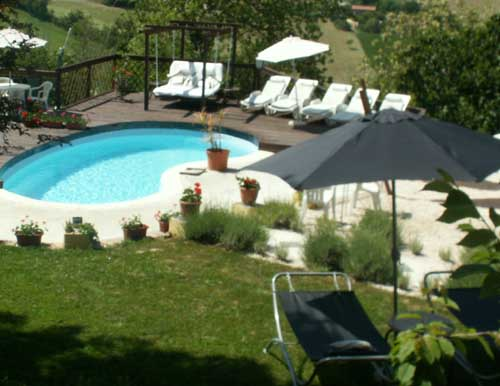 Villa Sibillini Luxury Villa Rental, Macerata, Italy, explore hotels with pools and outdoor activities in Macerata