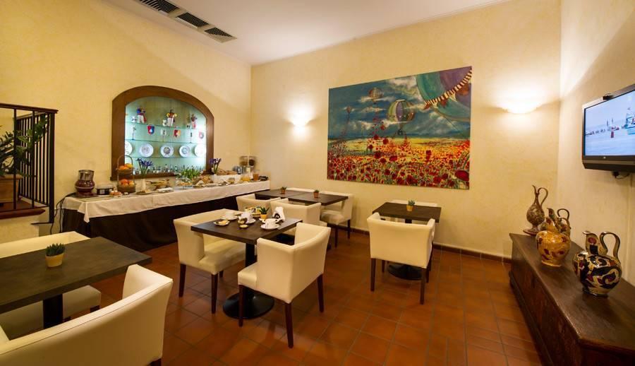 Villa Tuscany Siena, Siena, Italy, best party hostels in Siena