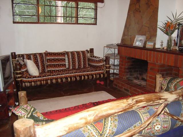 Bush Cottages, Nairobi West, Kenya, save on hotels with Instant World Booking in Nairobi West