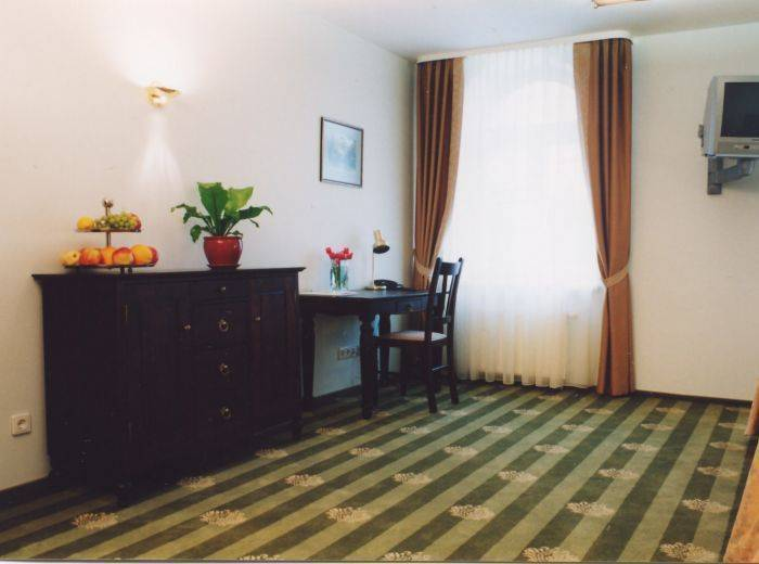 Barbacan Palace Hotel, Vilnius, Lithuania, hotels for world travelers in Vilnius
