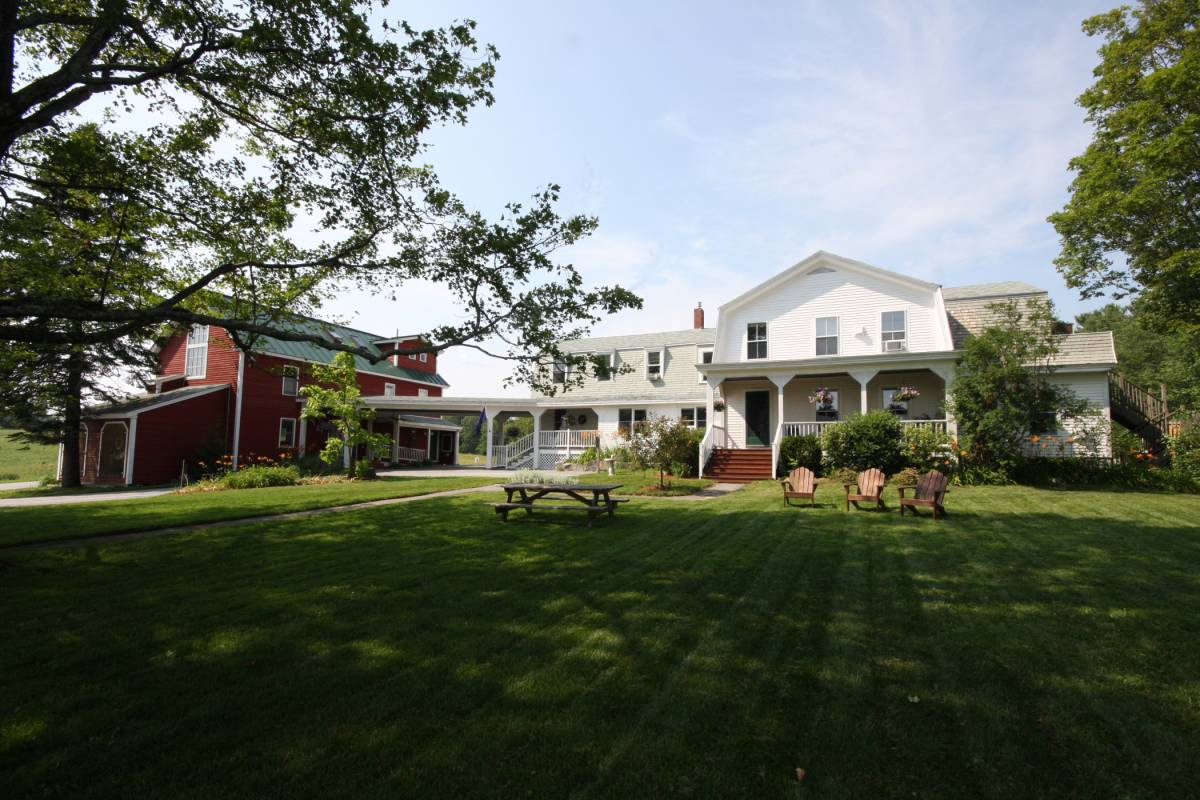 Maple Hill Farm Inn, Augusta, Maine, Maine hotels and hostels
