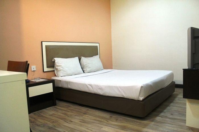 Swiss Hotel Kuala Lumpur, Kuala Lumpur, Malaysia, Sua melhor escolha para comparar preços e reservar um hotel dentro Kuala Lumpur