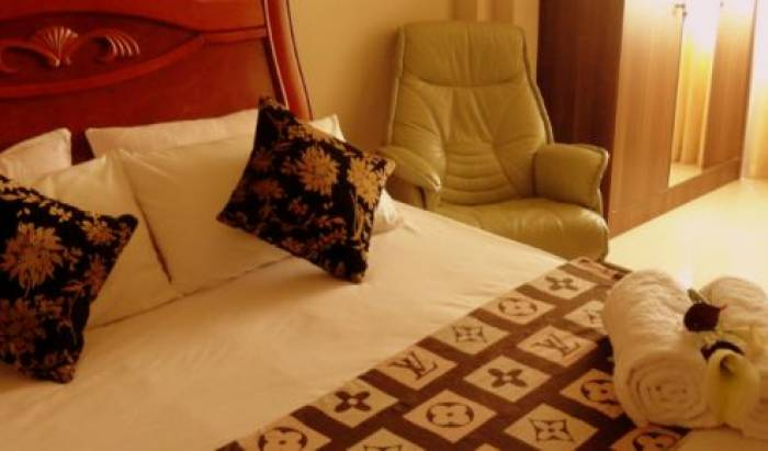 Transit Inn - Search available rooms for hotel and hostel reservations in Lankan Finolhu 6 photos